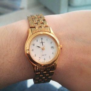 Seiko women's gold watch SQ 50